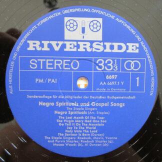 The Staple Singers - Negro Spirituals And Gospelsongs (LP, Album, Comp, Club)